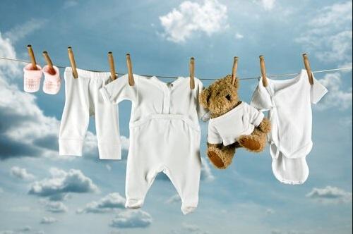 bebek kıyafetlerindeki ekeler nasıl çıkar
